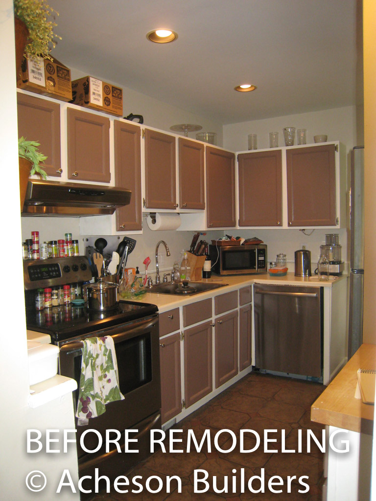 photo of kitchen before acheson-builders-2nd-Street-Ann-Arbor-BEFORE--7
