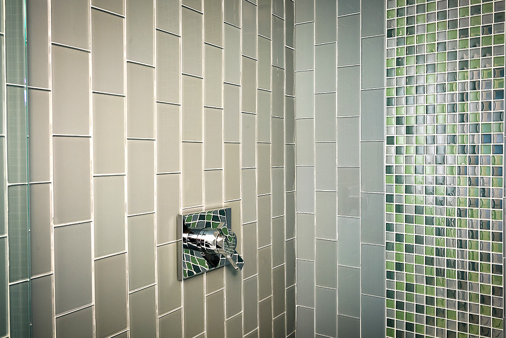 Liberty-Loft-master-shower-tile-detail-remodel-acheson-builders-1024w-683h